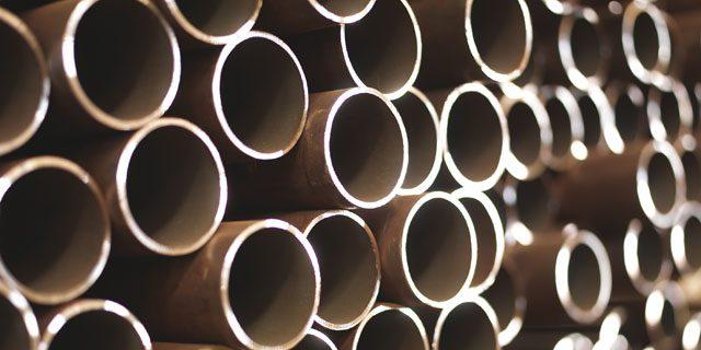 Tubi di acciaio senza saldatura per impieghi a pressione